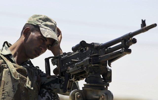 Teroristé stále operují na Sinaji. Egyptská armáda tvrdí, že zde nedávno zabila 89 členů Islámského státu