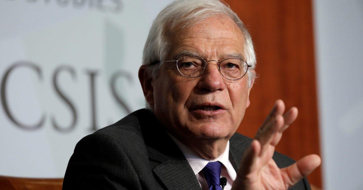Evropská unie stojí za Českem, uvedl Borrel. O společný postup Hamáček nežádal, tvrdí. Ten to odmítá