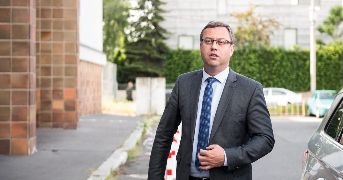 Spojení protimafiánského a protikorupčního útvaru nebylo správné, soudí po letech vrchní žalobce Zeman