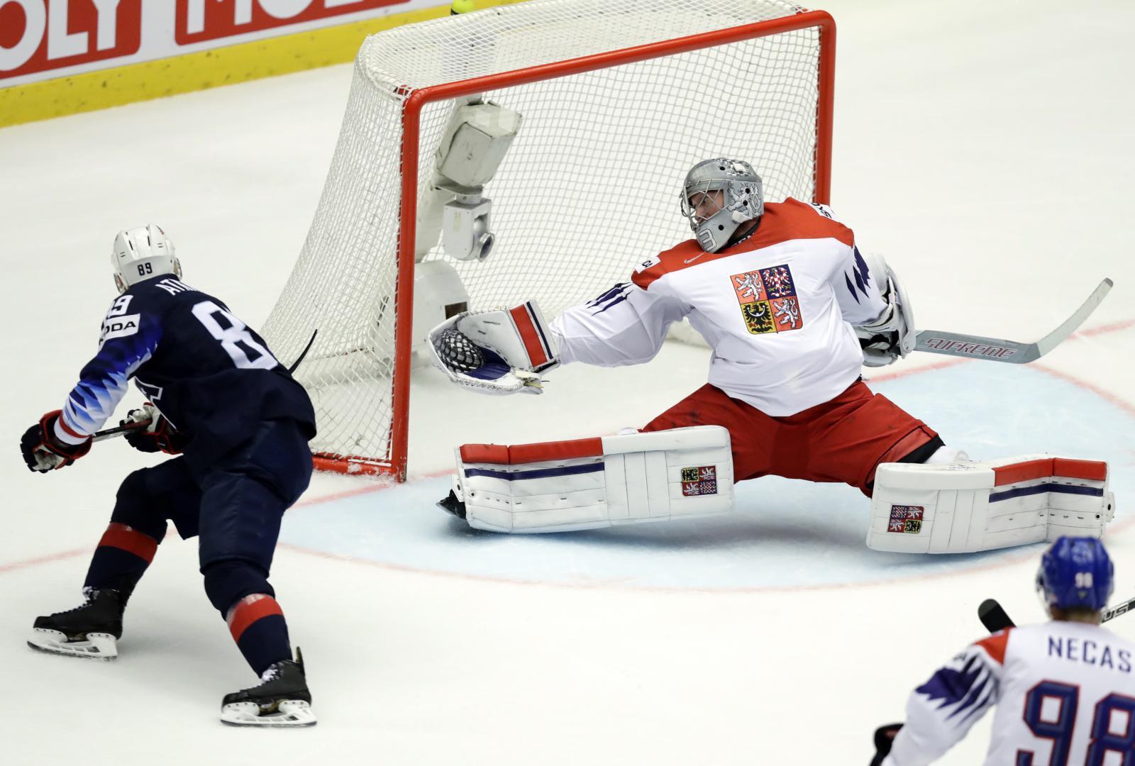 7733849b65dad USA - Česko 3:2. Národní tým na mistrovství světa končí, čtvrtfinále  rozhodl Patrick Kane   iROZHLAS - spolehlivé zprávy