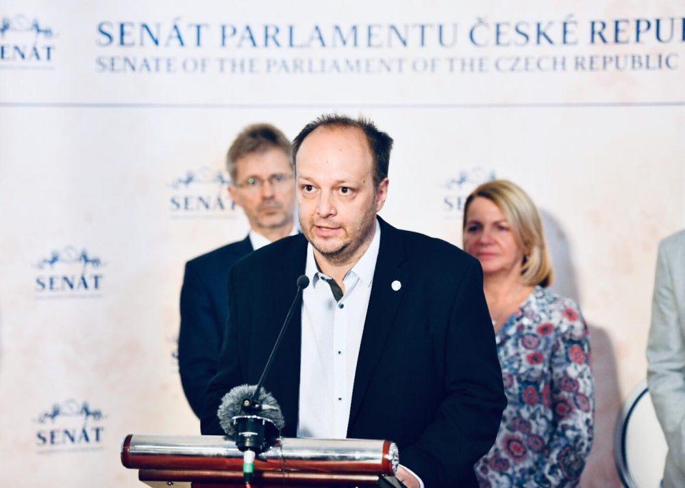 senátor Václav Láska (SEN21)
