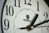 Neděle bude o hodinu kratší. Letošní změna času měla být v Evropské unii poslední, jednání ale utichla