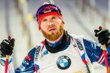 Plácá se vzadu a trpí jako Hus. Šlesingr odjel poslední závod na vrcholné biatlonové akci