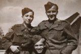 'V armádě jste člověk jen napůl.' Náhodně objevené album přineslo příběh cirkusáků vězněných v gulagu