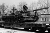 'Z obránců socialismu okupanti.' Československo před 30 lety opustili poslední sovětští vojáci