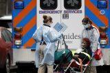 Virus odhaluje nedostatky amerického zdravotnictví. Chybí testy i pomůcky, lékaři se ocitají bez práce
