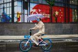 Čína loni zaznamenala růst o 2,3 procenta. Z velkých světových ekonomik je zřejmě jediná