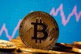 Bitcoin notně oslabuje. Od začátku týdne odepsal přes dvacet procent