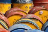 Koronavirus tlačí dolů ceny ropy i akcií cestovních kanceláří, roste naopak cena zlata