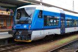 Jízda bez strojvedoucího. 'Řešil venku poruchu, vlak se rozjel a dveře zavřely,' říká generální inspektor