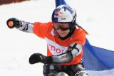 Vítězný návrat Ledecké na snowboard. V italské Cortině triumfovala v paralelním obřím slalomu