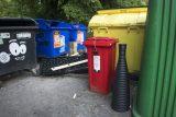 Praha za miliony kupuje další senzory do popelnic. Chce tak ušetřit za neefektivní vyvážení odpadu
