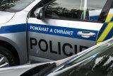 Tepličtí policisté při zásahu trestný čin nespáchali, uveda inspekce. Případ bude dále sledovat