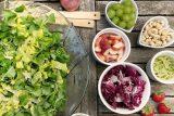 Pandemie koronaviru mění stravování Čechů. Zájem je o zdravější potraviny nebo krabičkové diety