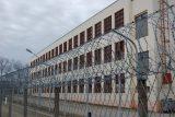 Vězňům v Česku se koronavirus zatím vyhýbá. Mezi dozorci se ale nákaza potvrdila