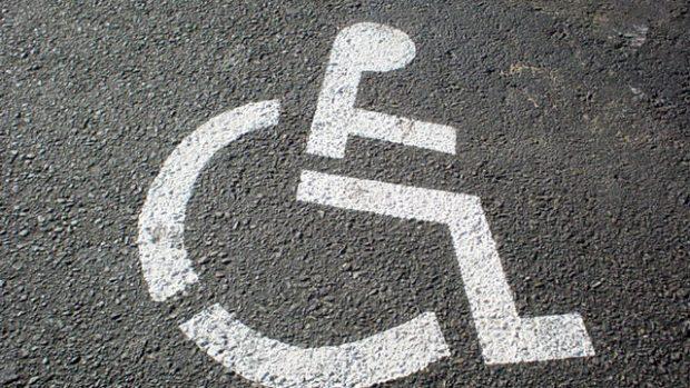 Parkovaci Kartu O1 Pro Invalidy Pouzivaji Lide Casto Neopravnene