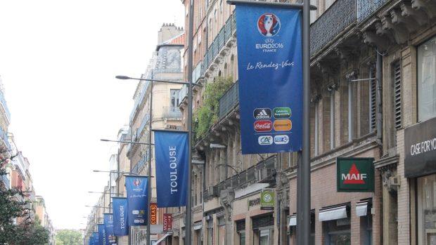 78925a07e638 Upoutávka na fotbalové Euro 2016 ve francouzském Toulouse (snímek ze srpna  2015)