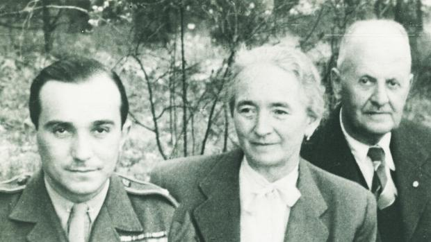 Setkání s rodiči v Ivančicích po válce, krátce před smrtí matky.