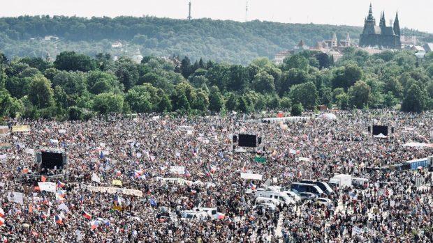 demonstrace praha 2019