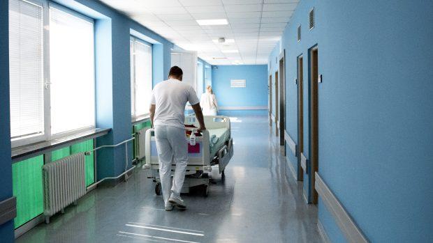 Na bezpečnost pacientů v nemocnicích má zásadní vliv kvalita vzduchotechniky, zjistili brněnští vědci