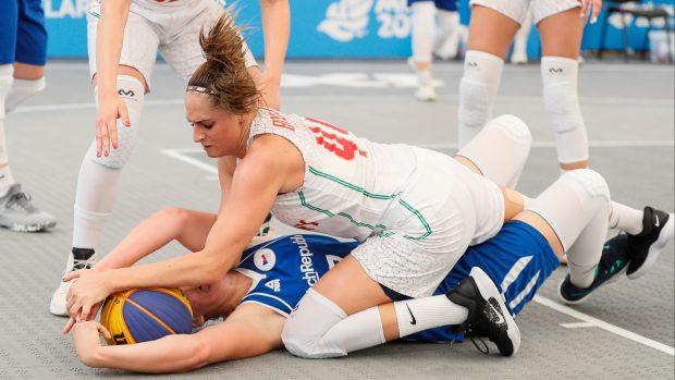 České basketbalistky 3 x 3 si kvůli administrativní chybě nezahrají o Tokio. Nahradí je čeští muži