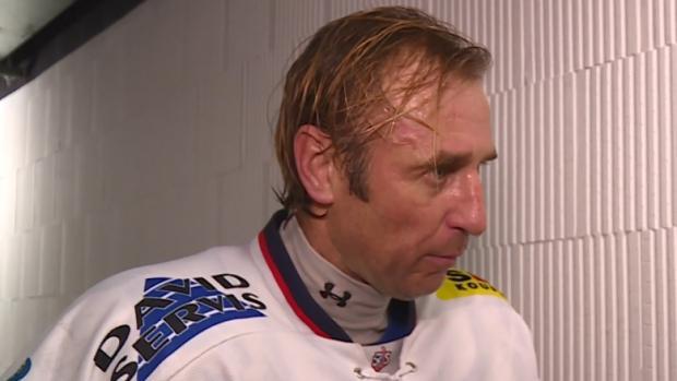 'Je příjemné se vypotit a zahrát si hokej.' Václav Prospal nastoupil po šesti letech k soutěžnímu utkání