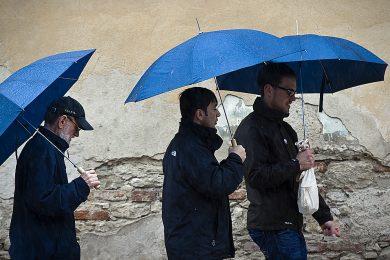 Pozor na bouřku v Karlovarském kraji, varují meteorologové. Hrozí zatopení sklepů