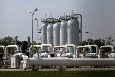 Provozovatel rakouského plynového terminálu po nehodě obnovil dodávky plynu do Itálie