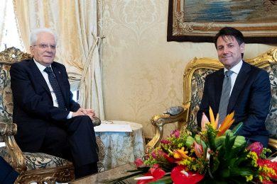 Italský prezident odmítl ministra financí, Conte se po pár dnech vzdal postu premiéra