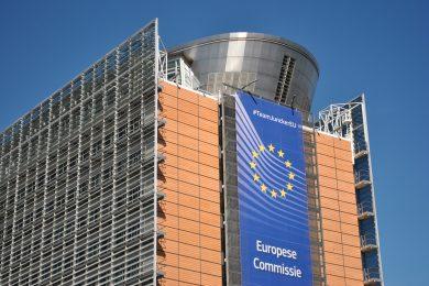 Itálie se dohodla s Evropskou komisí na sporném rozpočtu pro příští rok. Sníží plánovaný schodek