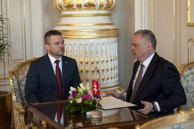 Slovensko má novou vládu. Prezident Kiska jmenoval Petra Pellegriniho premiérem