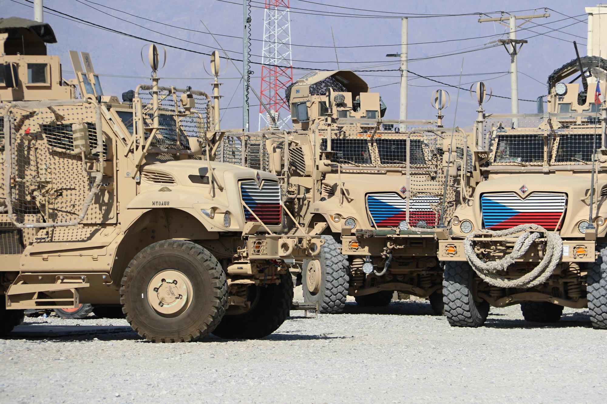 Česká vozidla na zahraniční misi v Afghánistánu