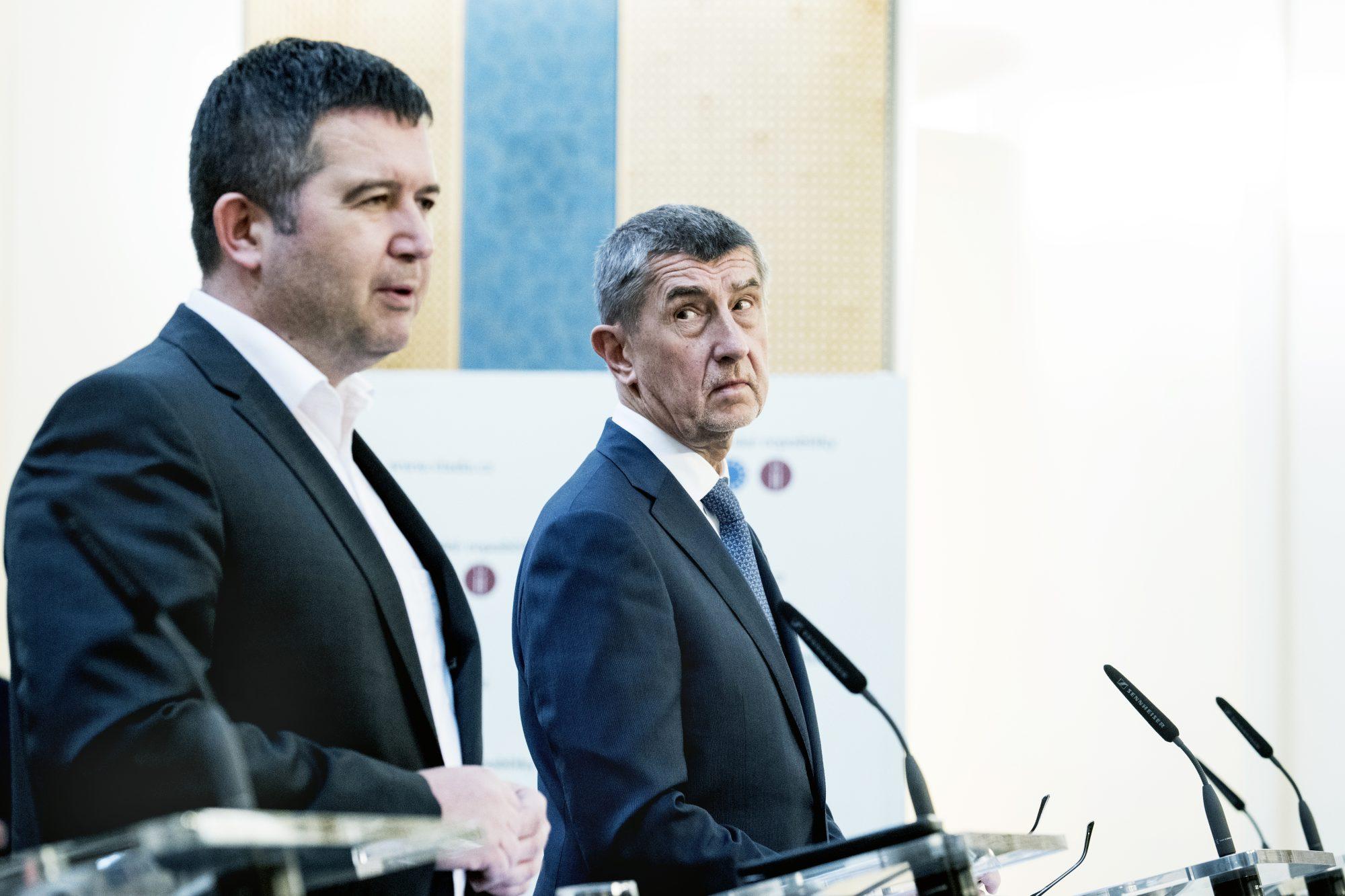 Premiér Andrej Babiš a ministr vnitra Jan Hamáček (ČSSD)