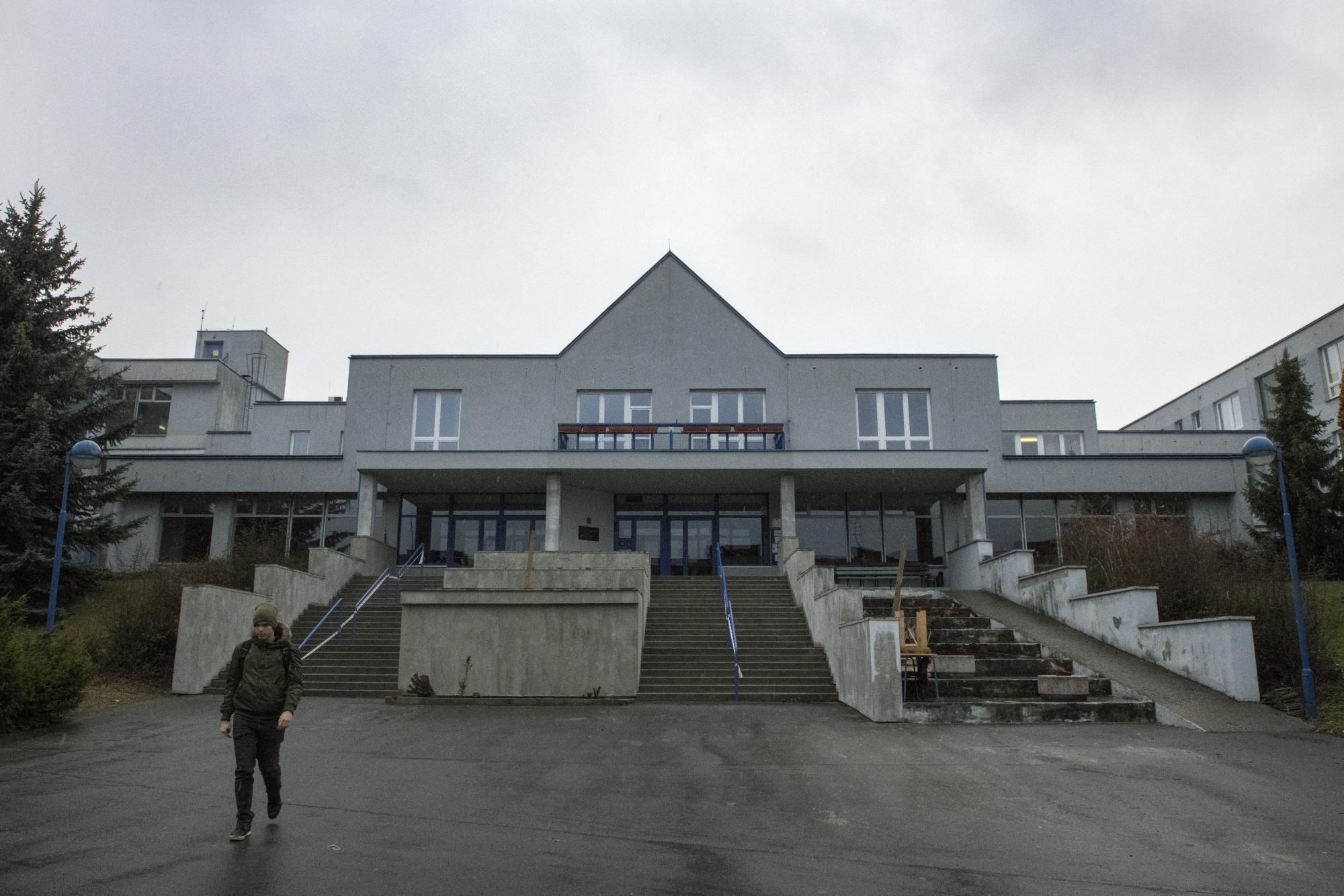 Gymnázium Jana Palacha, Mělník