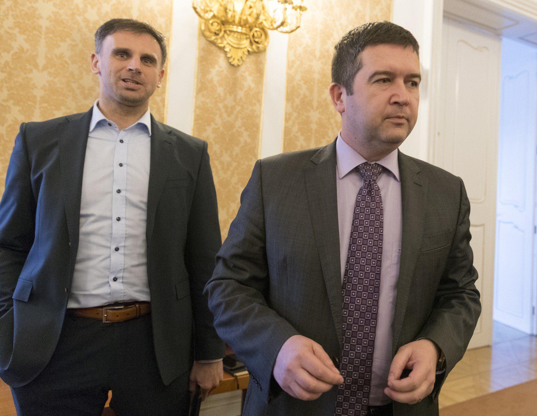 Někdejší hejtman ČSSD Jiří Zimola na snímku se šéfem strany Janem Hamáčkem